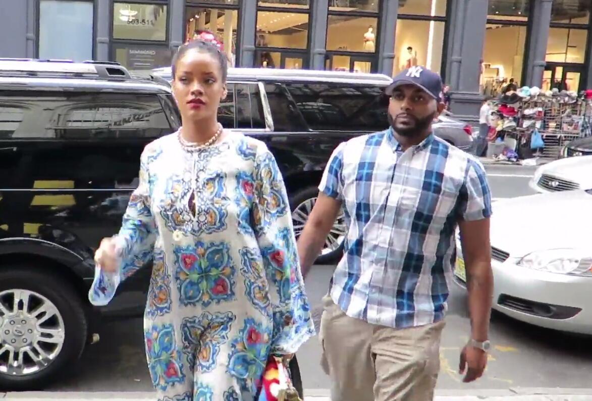 Bild zu Rihanna soll schwanger sein.