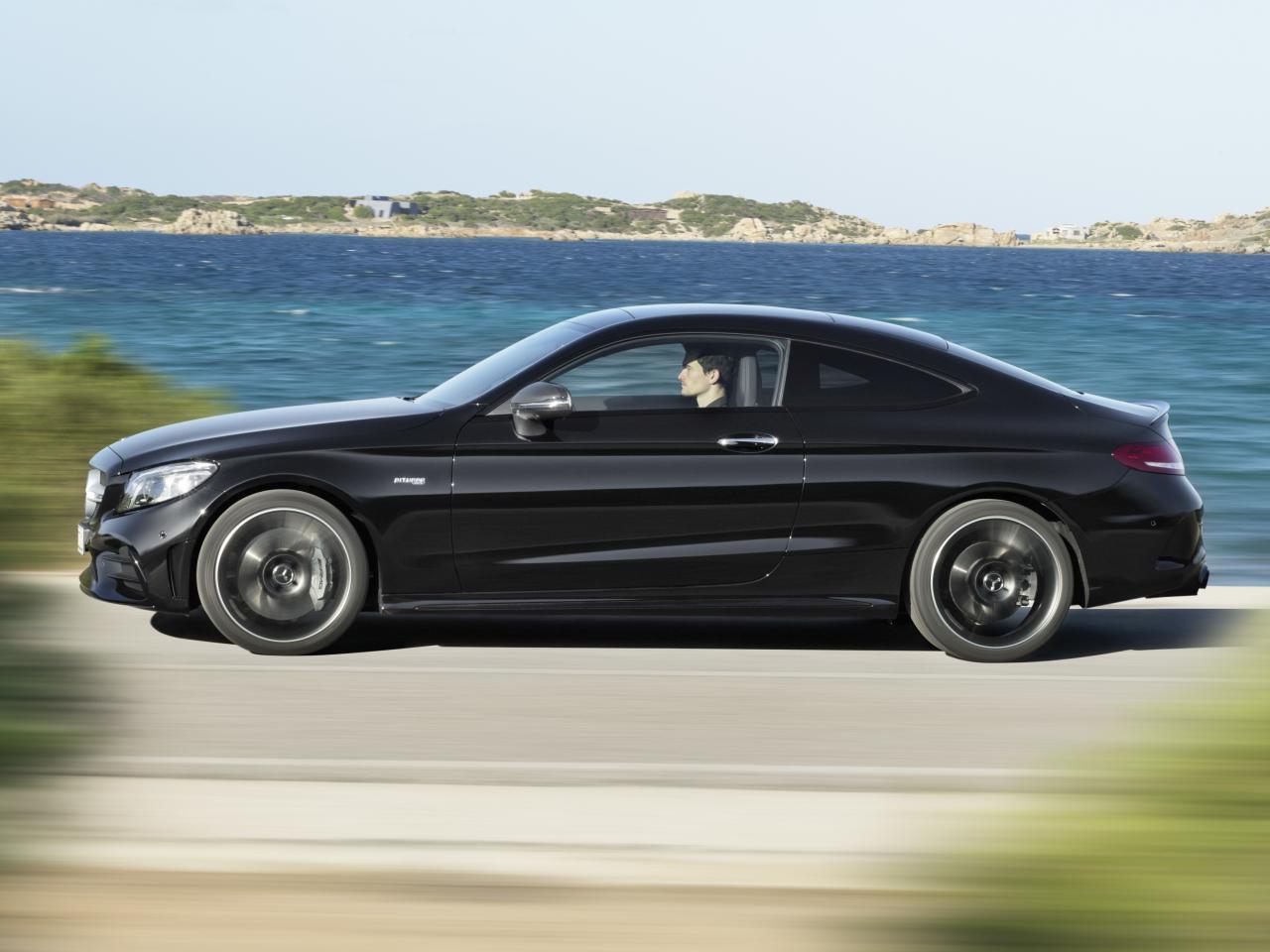Bild zu Mercedes-AMG C 43 in der Seitenansicht