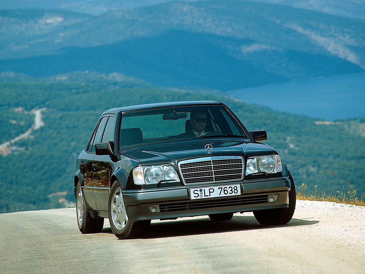 Bild zu Mercedes 500 E