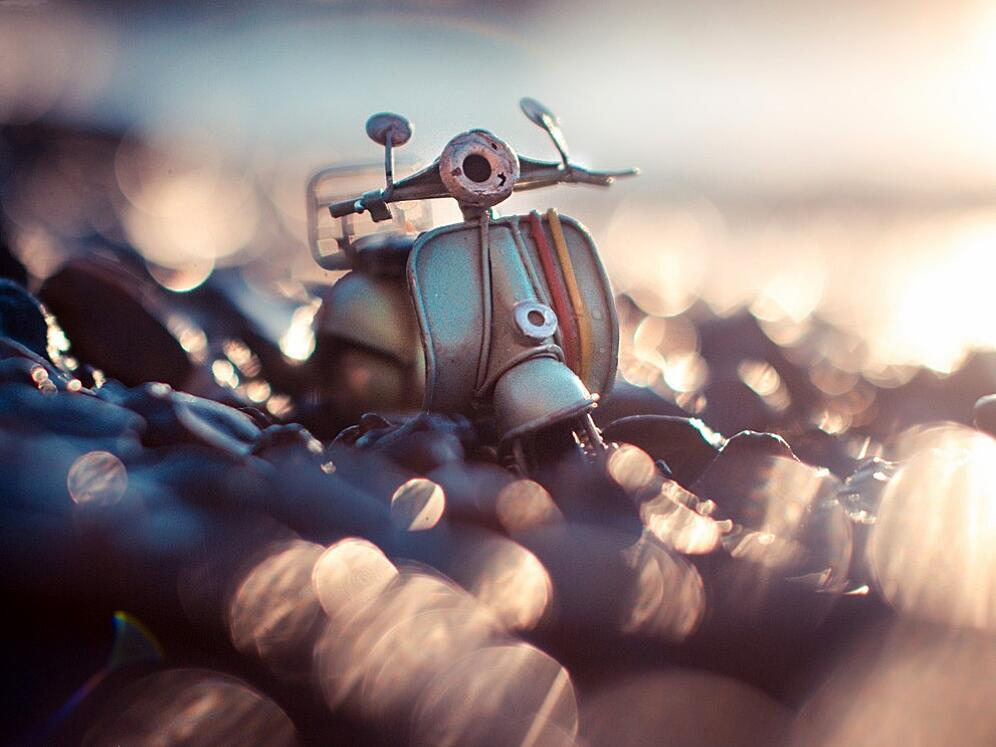 Bild zu Ein Roller beim Strandspaziergang