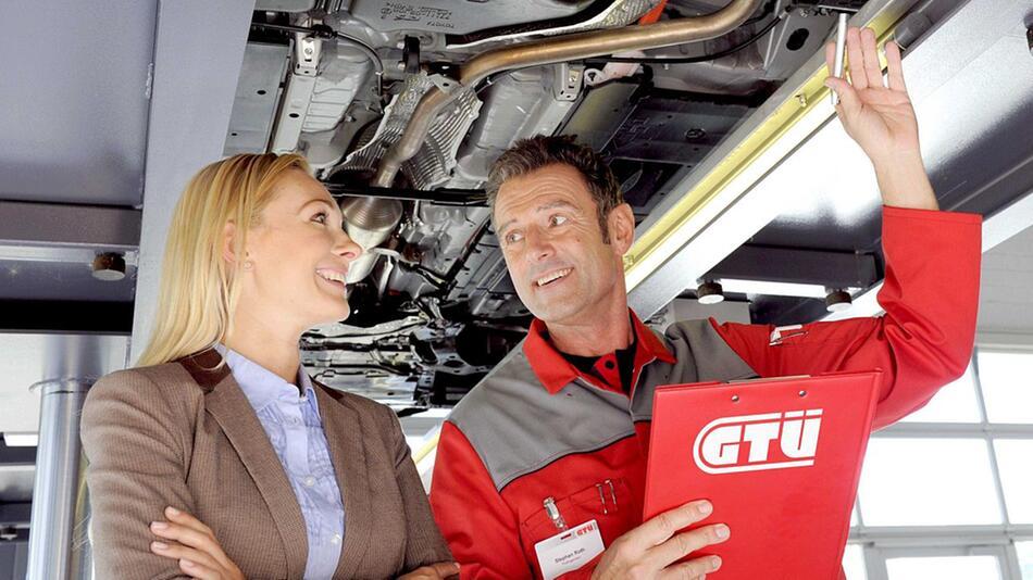 Sie sollten Ihren Pkw gründlich auf die TÜV-Prüfung vorbereiten
