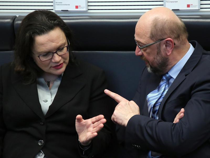 Bild zu Nahles und Schulz