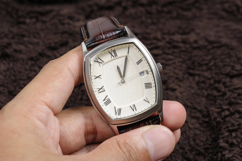 Bild zu Vintage Uhr