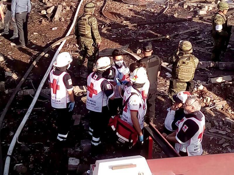 Bild zu Helfer des Roten Kreuzes
