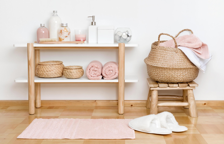 Bild zu badezimmer, ordnung, organizer, unordentlich, schmuck, kosmetik, make up, bad, wellness