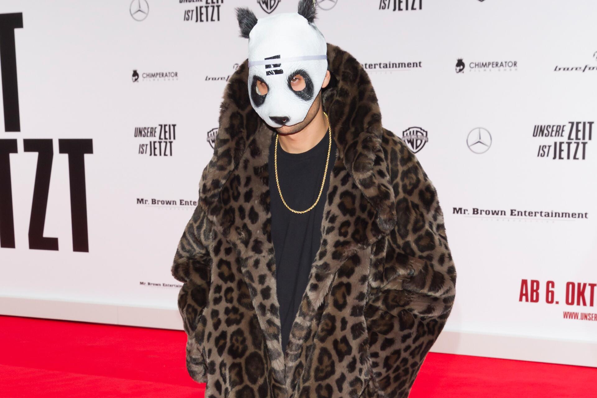 Bild zu Cro, Leoparden-Panda, Premiere