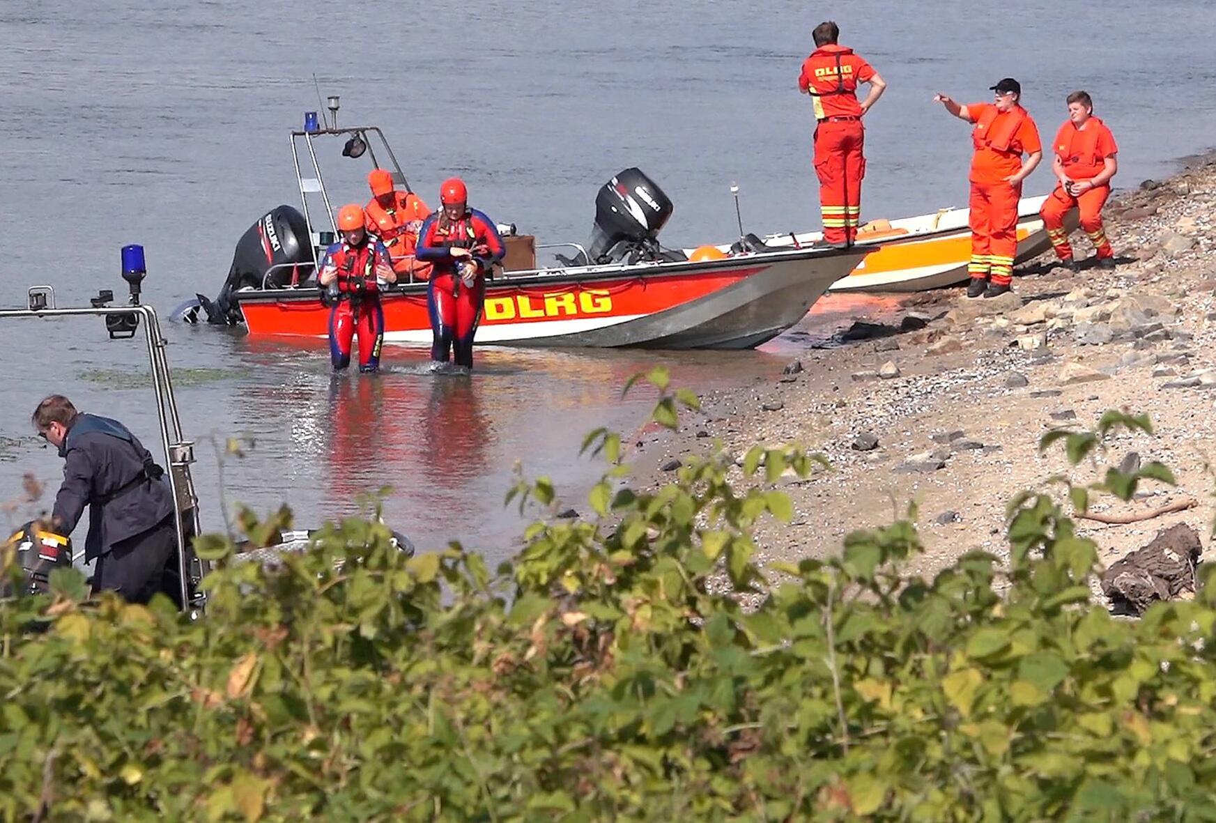 Bild zu Zwei Mädchen im Rhein bei Worms vermisst
