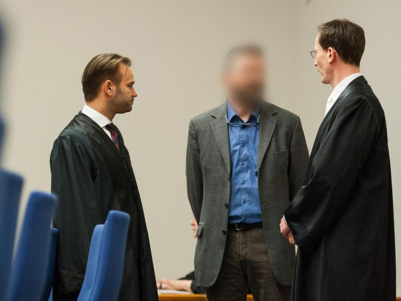 Bild zu Prozessbeginn in Lüneburg
