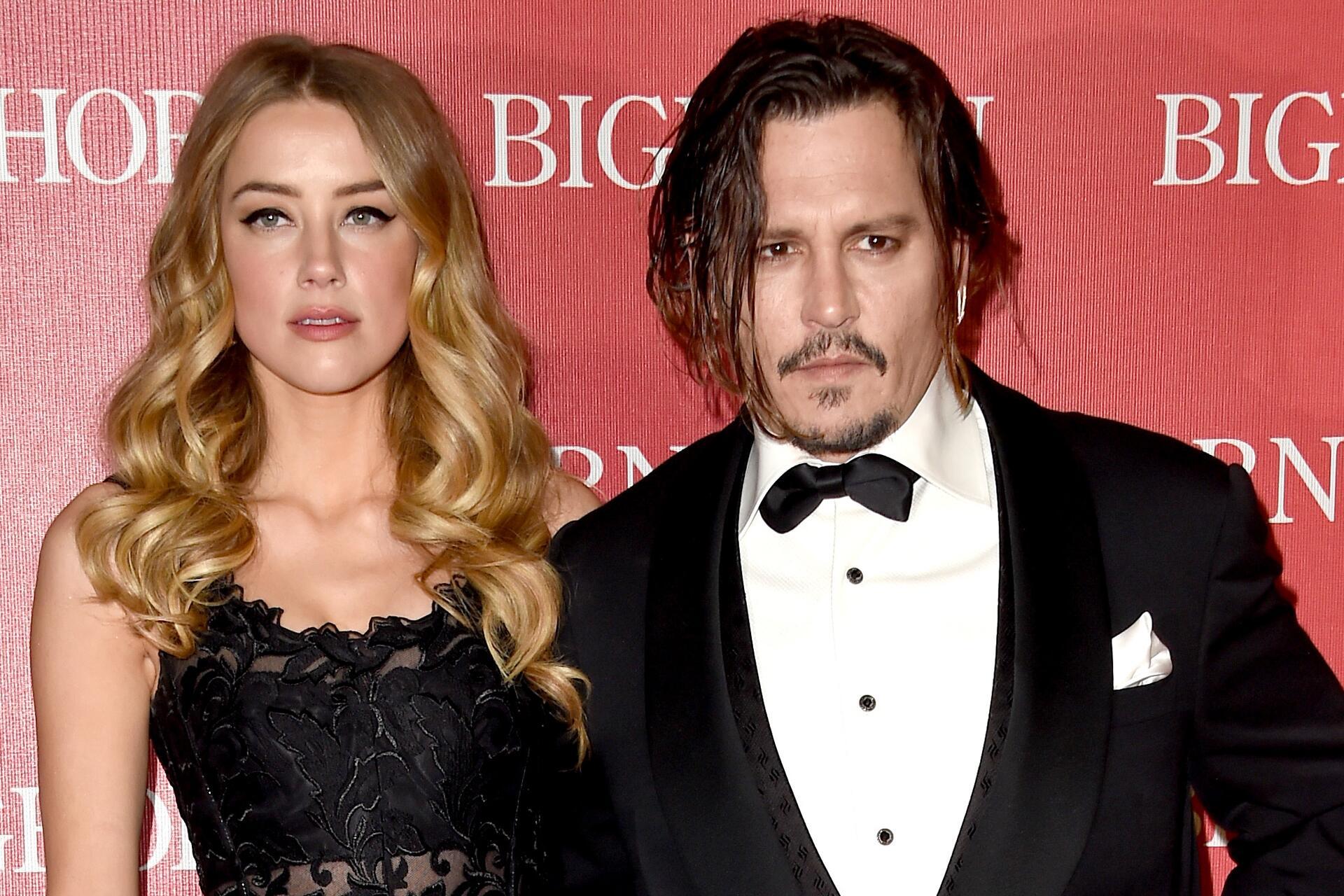 Bild zu Amber Heard, Johnny Depp, Hunde-Schmuggel-Affäre, Lüge