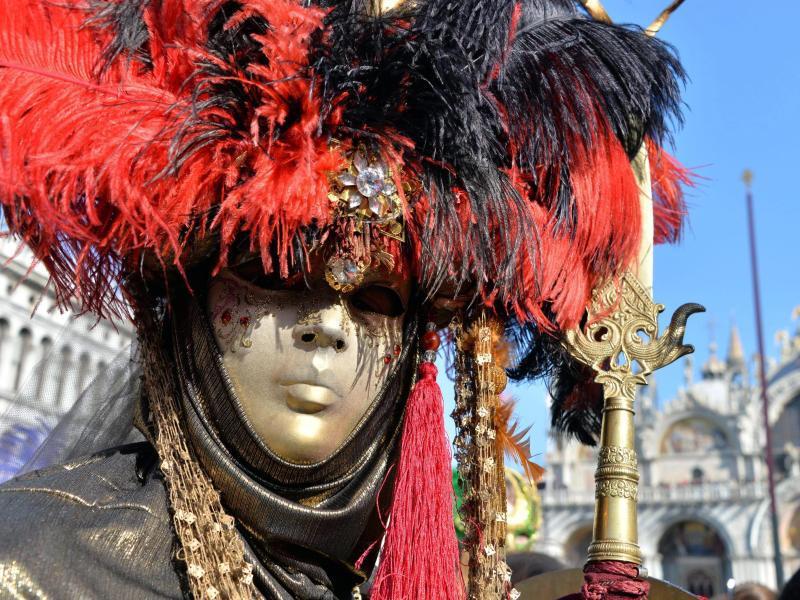 Bild zu Traditionelle Karnevalsmaske