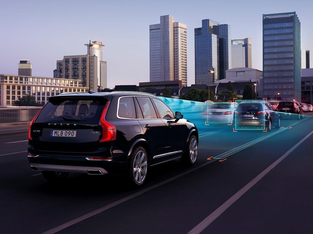 Bild zu Volvo mit Stauassistent