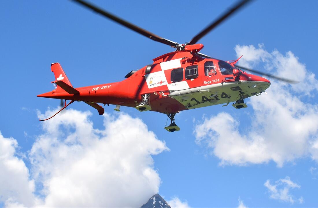 Bild zu Rega Hubschrauber