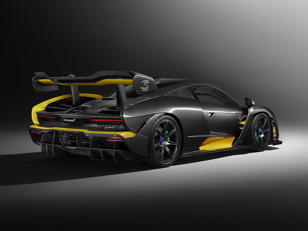 Bild zu McLaren Senna Carbon Theme