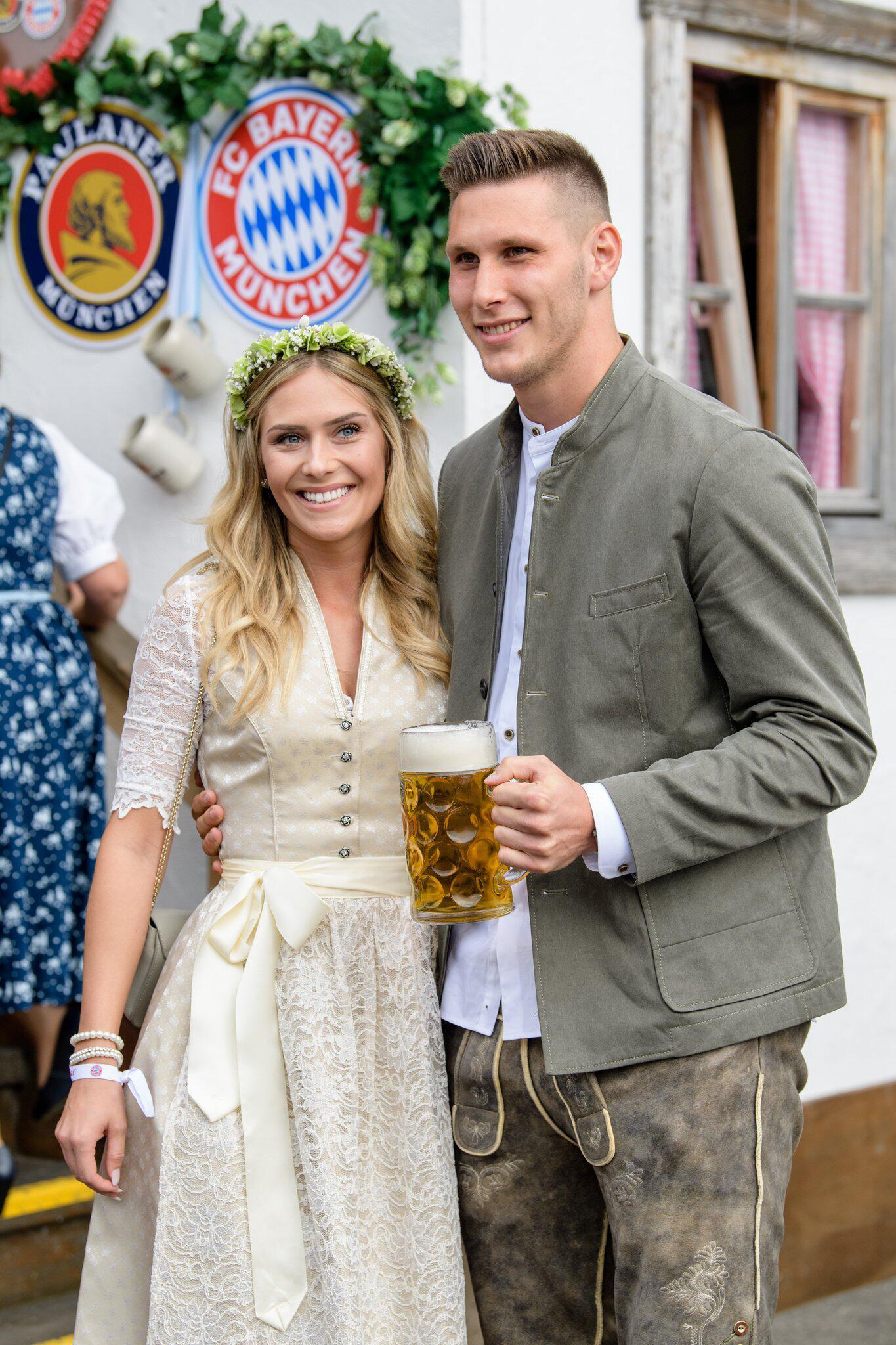 Bild zu Oktoberfest - FC Bayern auf der Wiesn