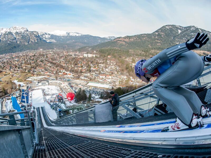 Bild zu Skispringen in Garmisch-Partenkirchen