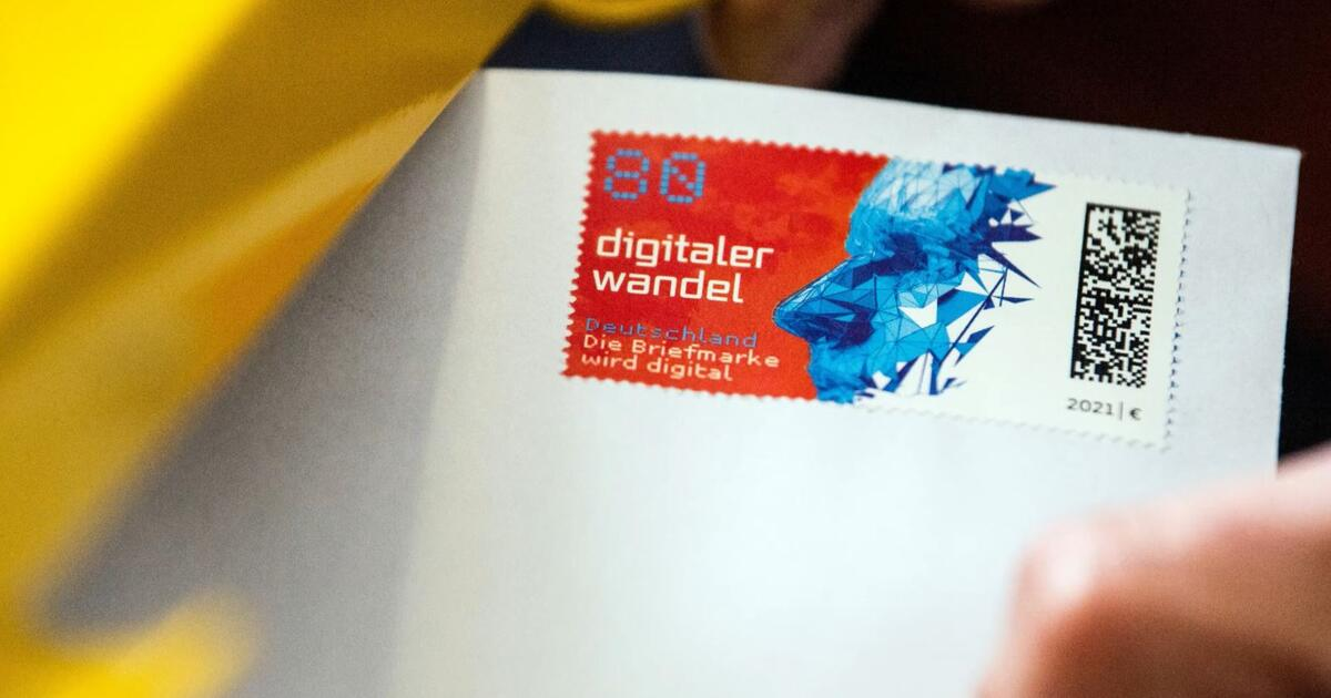 Post bald besser nachverfolgbar: Erste Briefmarke mit Matrixcode - WEB.DE News