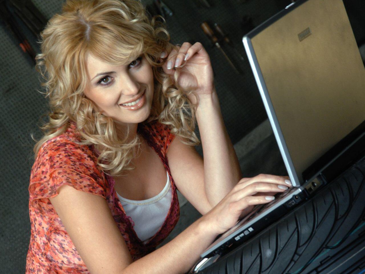Bild zu Beim Autokauf im Internet lauern viele Gefahren auf Sie