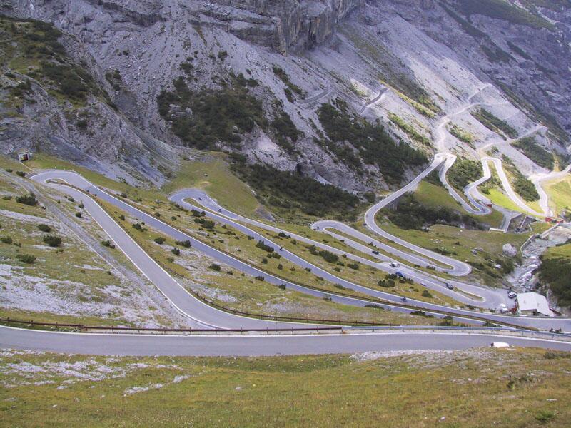 Bild zu Stelvio-Pass