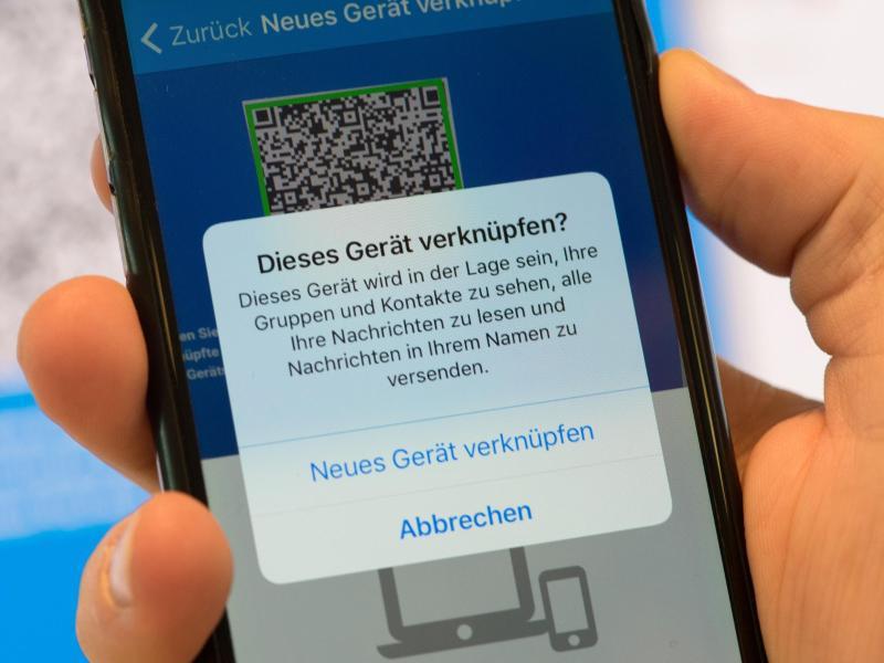 Bild zu Smartphone- und Chrome-App
