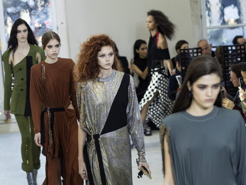 Bild zu Paris Fashion Week - Louis Vuitton
