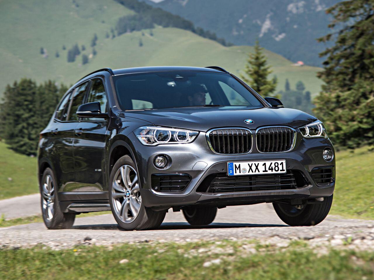 Bild zu Platz 2 SUVs: BMW X1