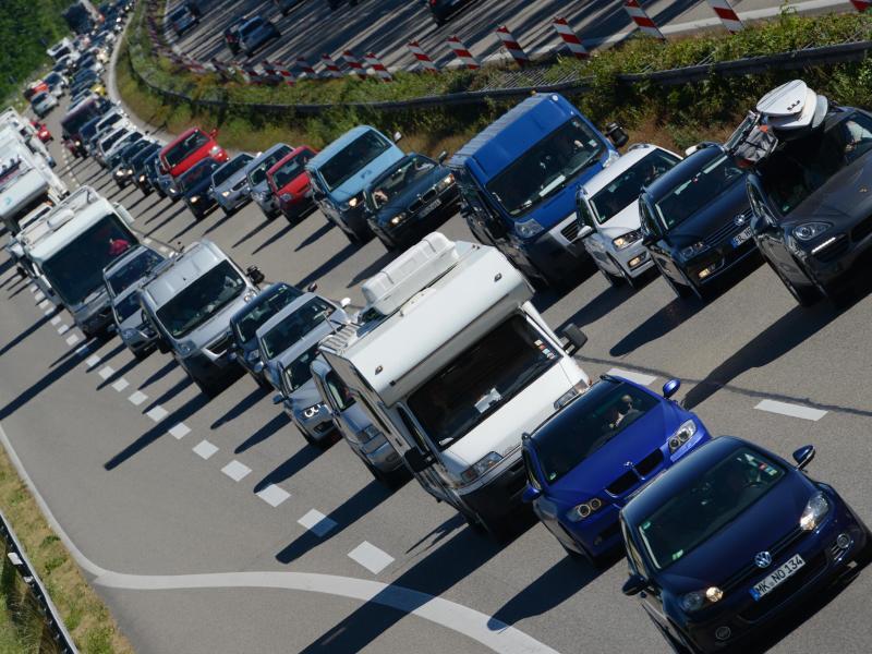Bild zu Stau auf den Autobahnen