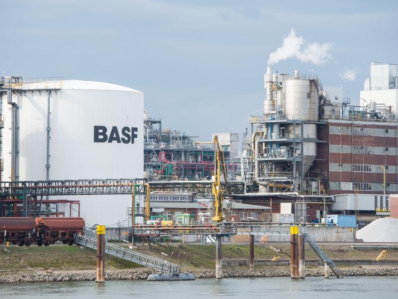 Bild zu Das BASF-Unternehmensgelände in Ludwigshafen