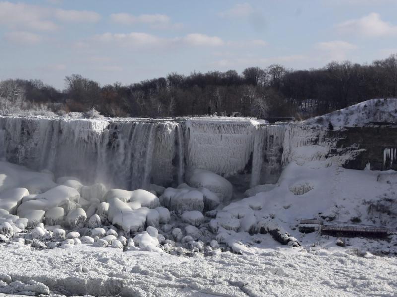 Bild zu Niagara-Wasserfälle