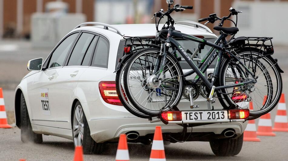 Mit Fahrrädern auf Tour: Sicherheit sollte immer vorgehen