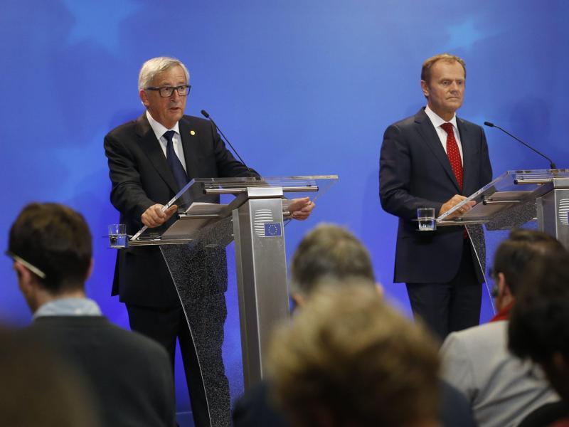 Bild zu Tusk und Juncker