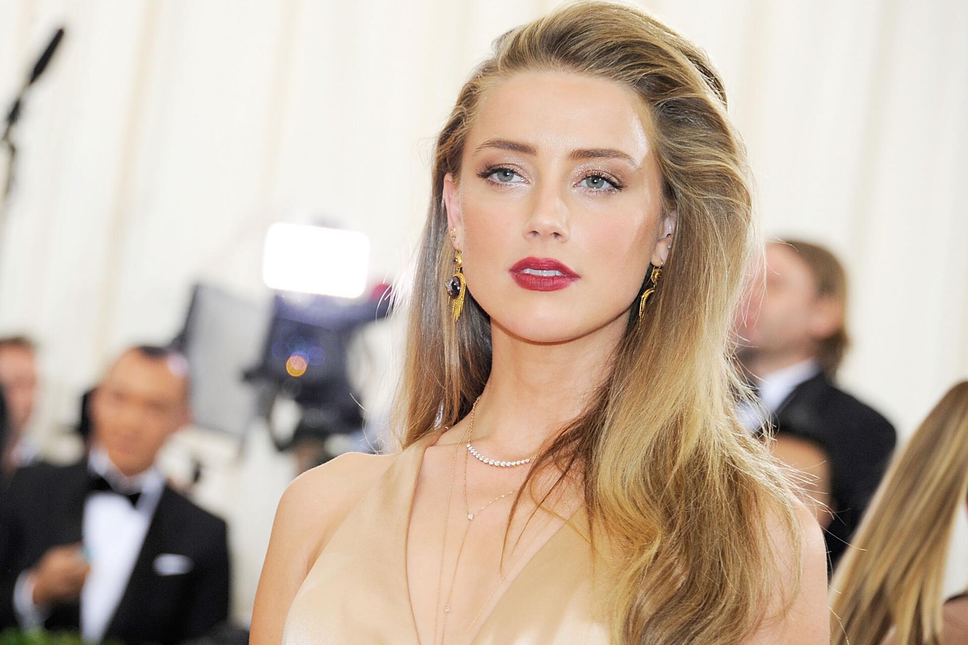 Bild zu Amber Heard, Johnny Depp, Scheidungsverfahren, Gericht