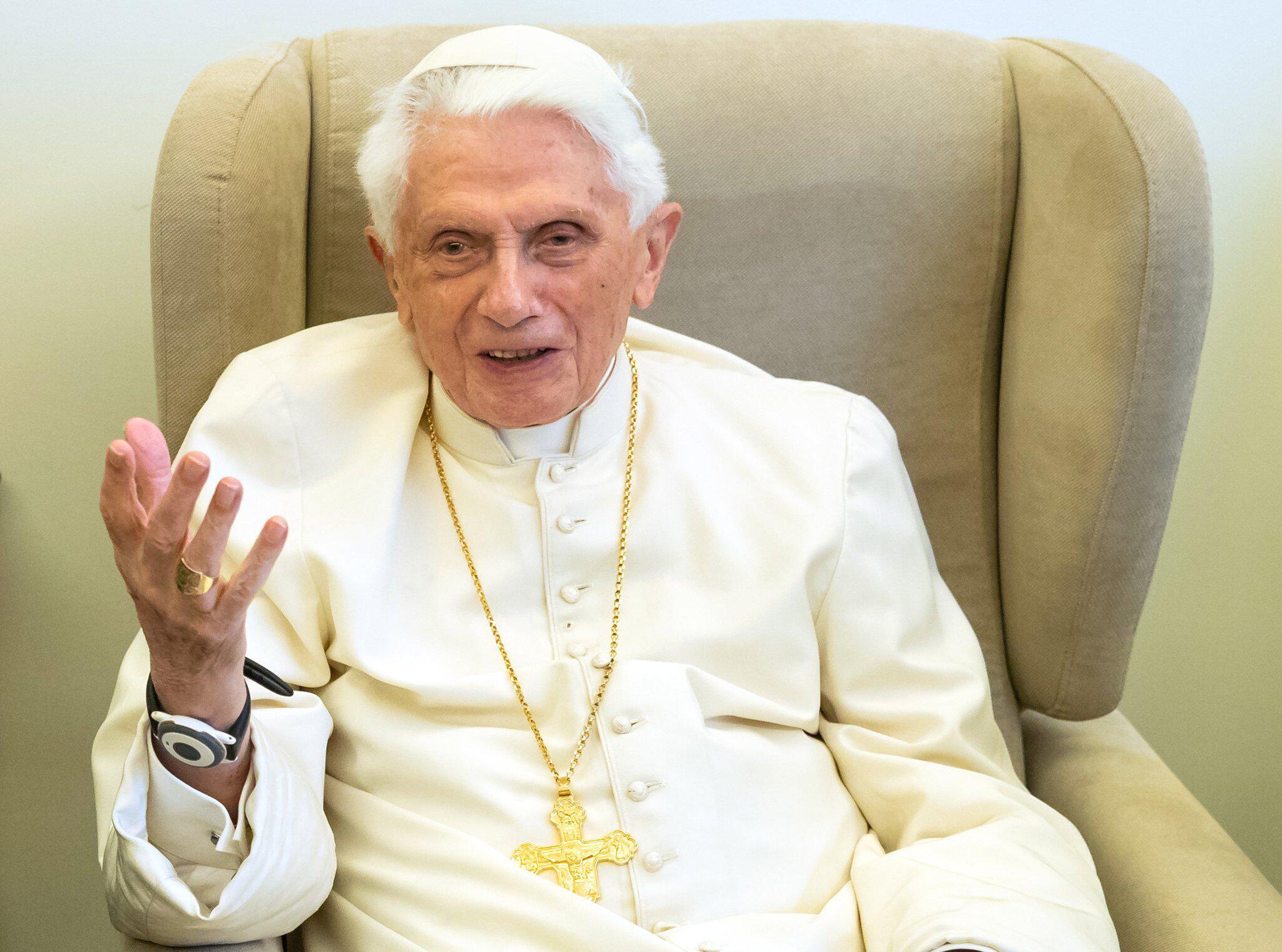 Bild zu Papst Benedikt XVI