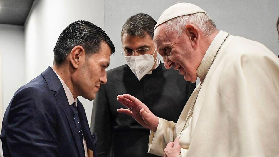 Papst Franziskus trifft Vater von Alan Kurdi