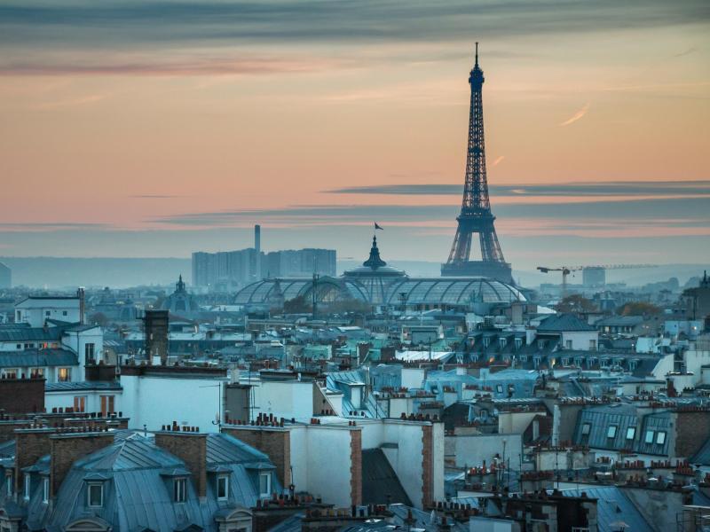 Bild zu Paris erwartet touristischen Frühling
