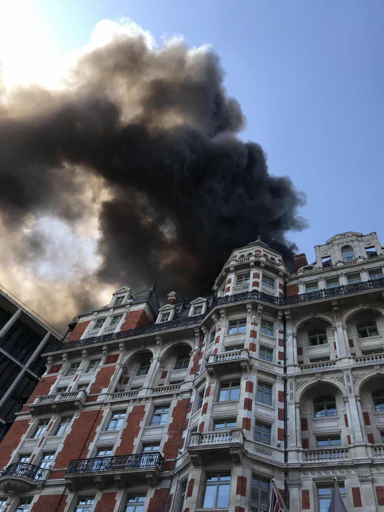 Bild zu Brand in Londoner Hotel