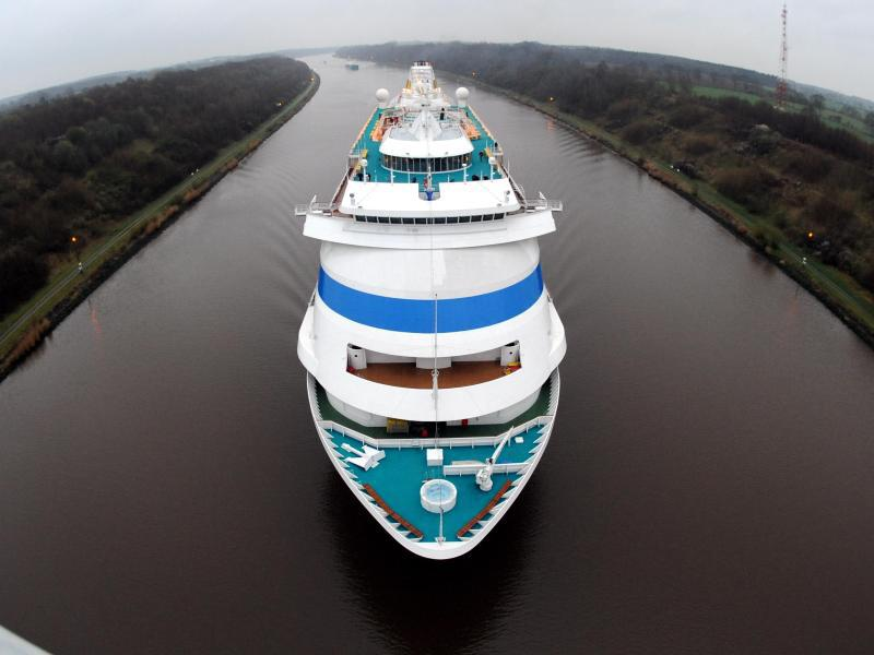 Bild zu Kreuzfahrtschiff