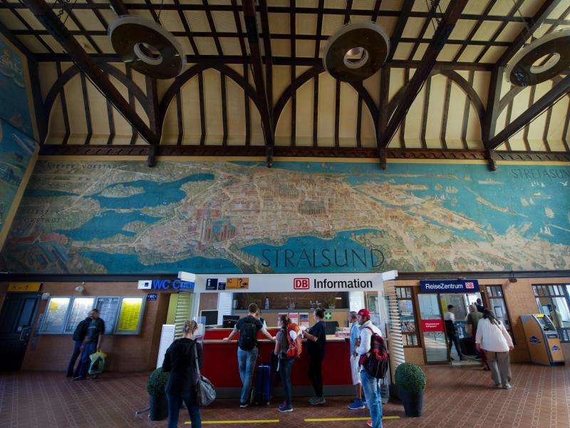 Bild zu Schönster Bahnhof - Stralsund