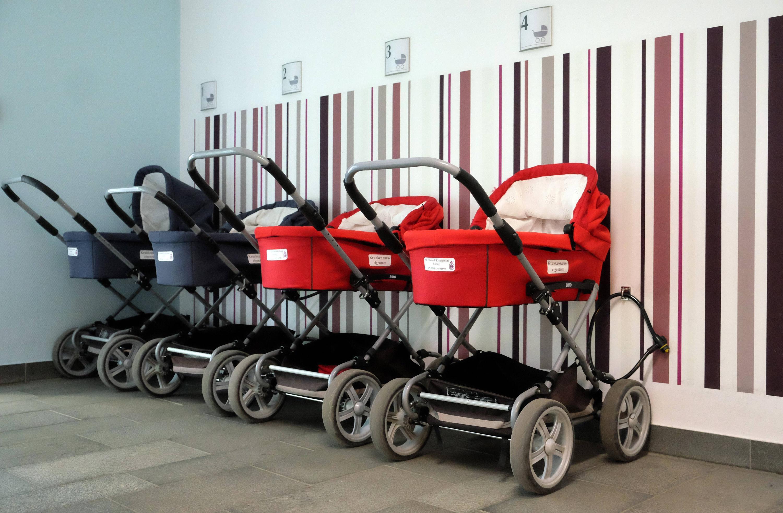 Bild zu Kinderwagen