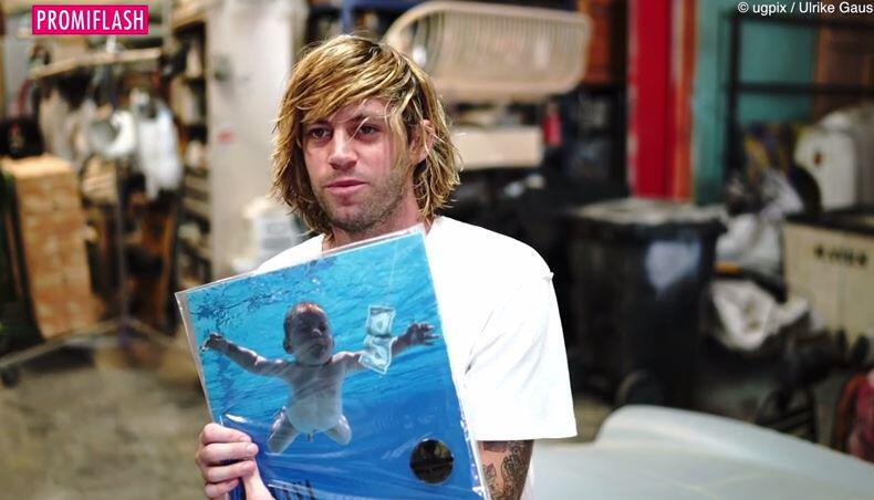 """Bild zu Nirvana-Boy zurück im Pool: Das wurde aus dem """"Nevermind""""-Baby"""