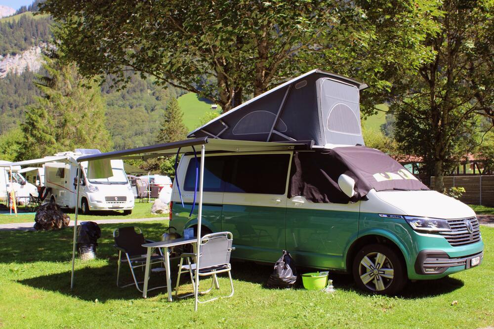 Vom Mini-Camper zum Luxusliner: Vielfalt der Wohnmobiltypen