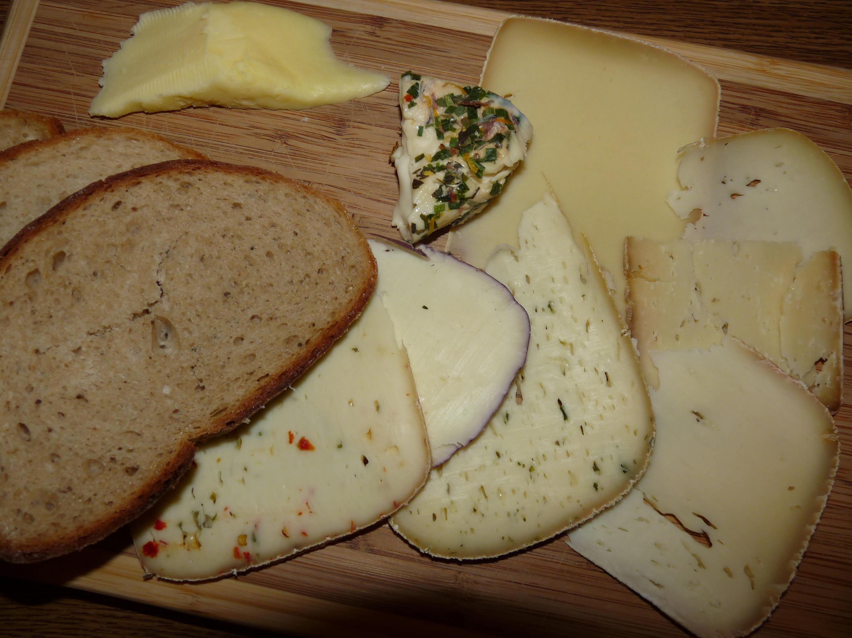 Bild zu Brotzeit, Käse, Lechtal