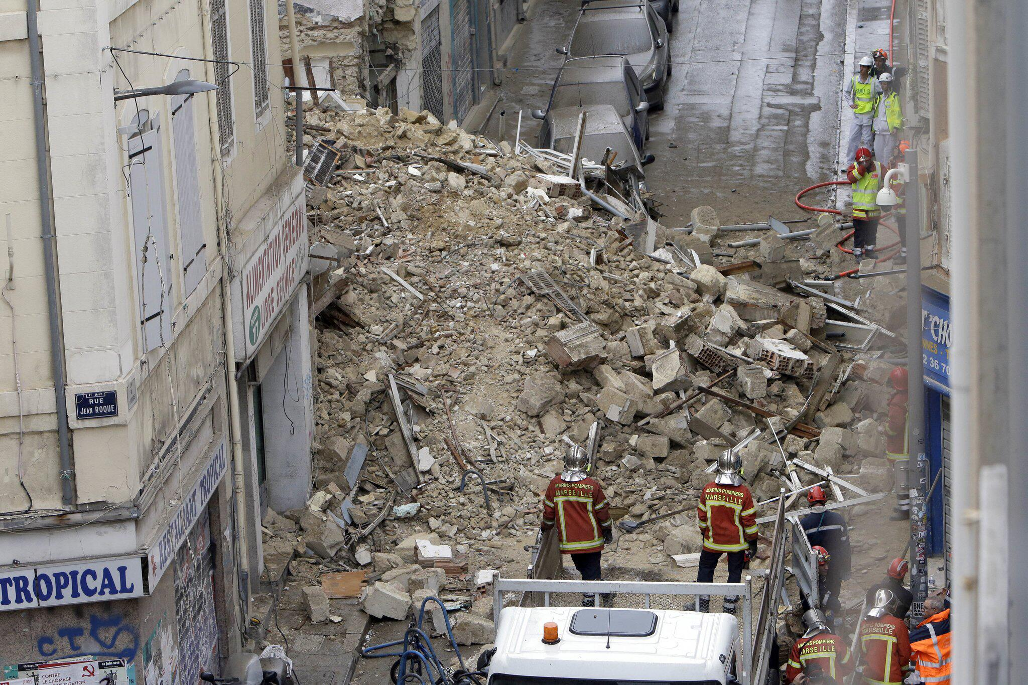 Bild zu Häuser im Zentrum von Marseille eingestürzt