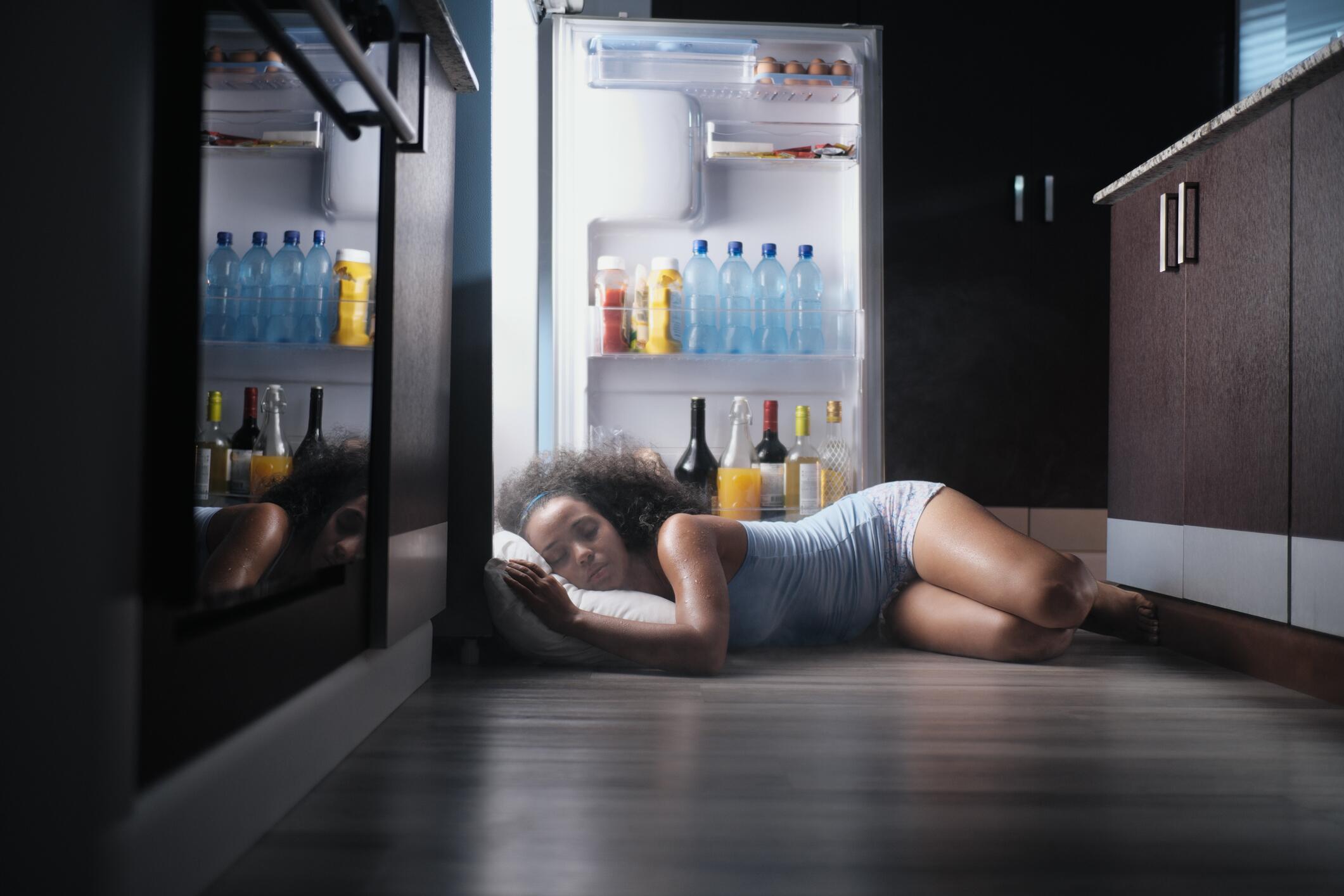 Bild zu abkühlung, sommer, eiswürfel, Hitze, erfrischung, spray, eisgel, ventilator