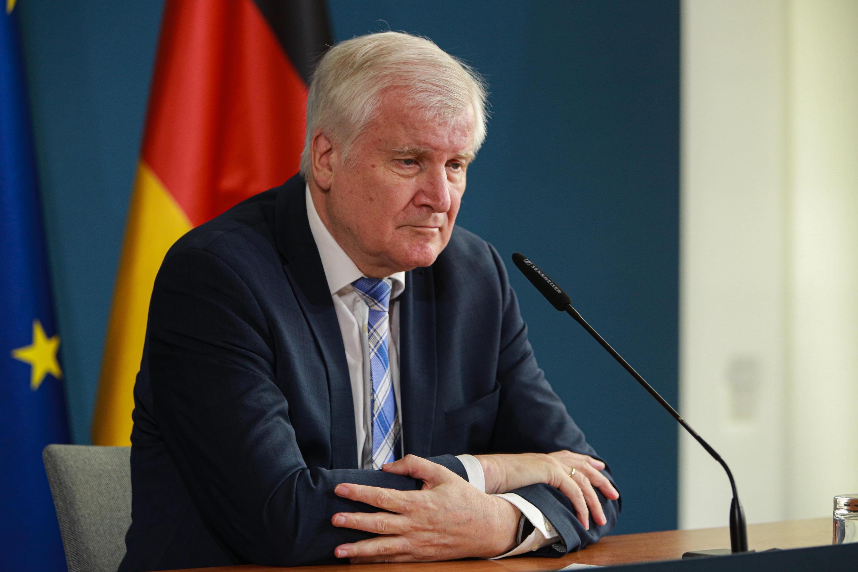 Bild zu Bundesinnenminister Horst Seehofer will keine Rassismus-Studie bei der Polizei.