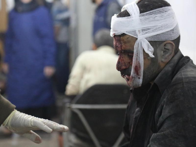 Bild zu Nach dem Luftangriff