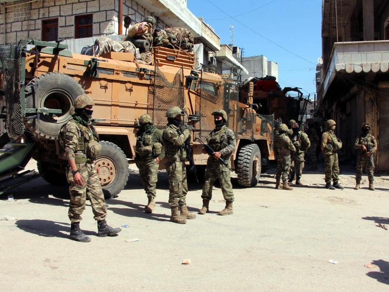Bild zu Türkische Soldaten in Afrin
