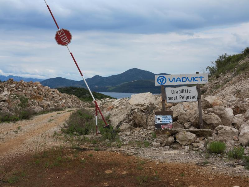 Bild zu Neue Brücke in Kroatien