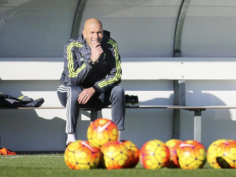 Bild zu Zinedine Zidane
