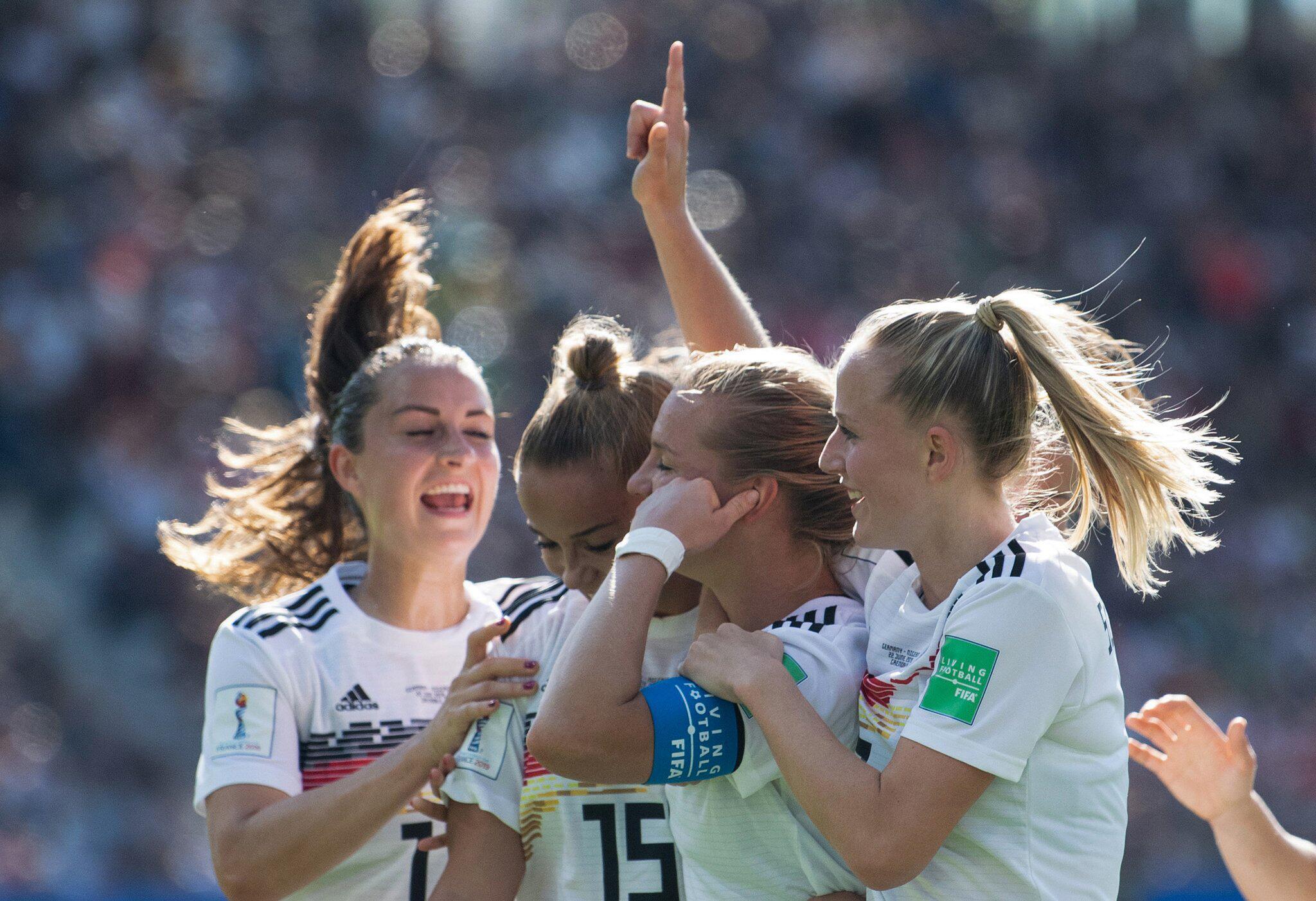 Bild zu Women's Football World Cup - Germany - Nigeria