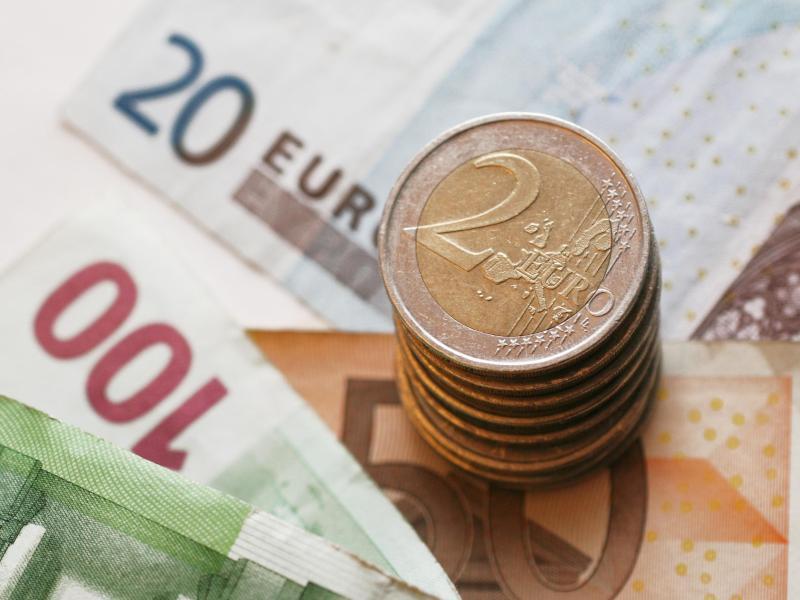 Bild zu Euromünzen und -scheine